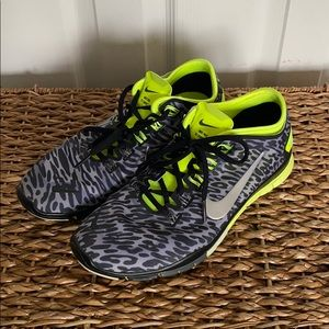 Leopard- Nike Free TR Connect 2.0